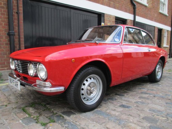 1975 2000 GTV Automatic, estimated at £16,000-£18,000 and sold for £14,625